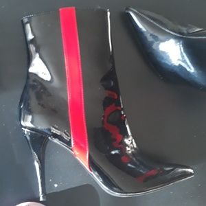 Forever21 Shoes - Forever 21 Patent leather booties